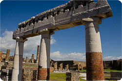 Speaker on Pompeii, Herculaneum and Vesuvius